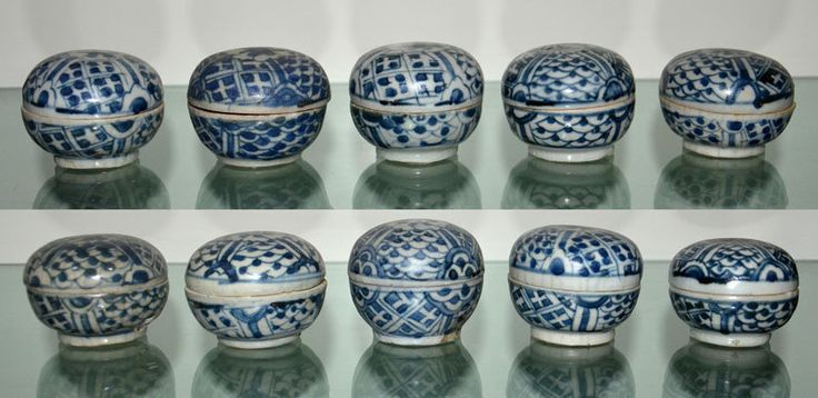 A group of 10 pcs ZhangZhou (Swatow) Blue and White Covered Box