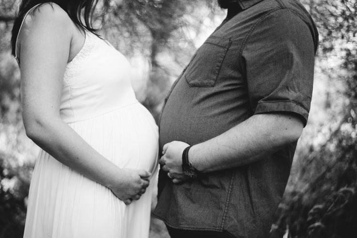 Funny Maternity Picture | Austin Maternity Photographer