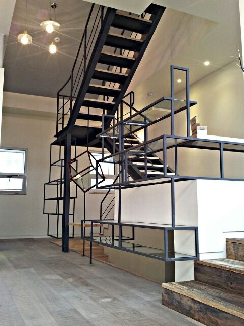 stair with bookshelf, steel pipe n glass with wood, modern architecture house