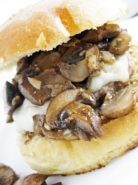 Garlic, Mushroom, and Asiago Burger: We couldn't find asiago cheese ...