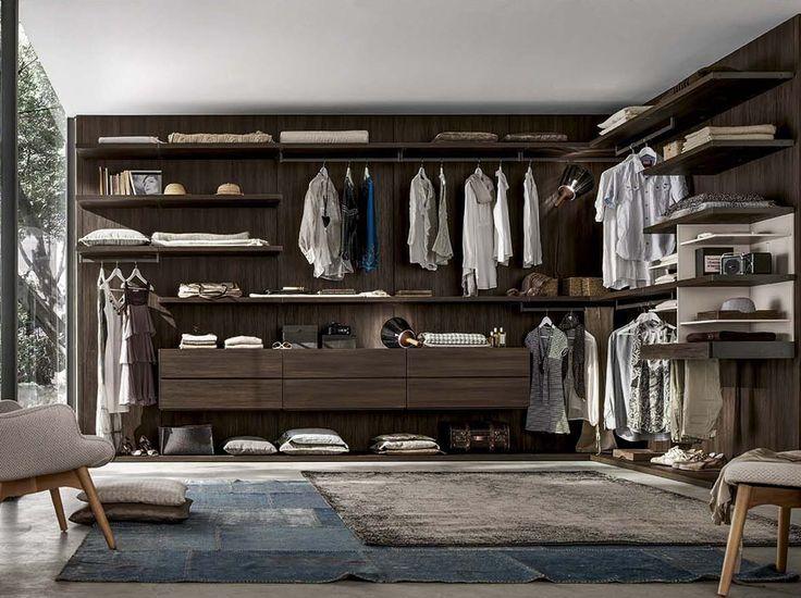 Una soluzione per ottimizzare i piccoli spazi in #camera da #letto è la #cabina #armadio. Vieni a trovarci per progettare la tua #cabinaArmadio! Scopri come raggiungerci su www.mobilisparaco.it