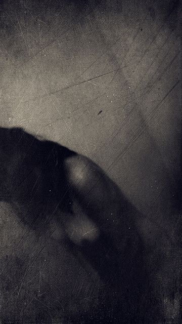 * by Irma HaselbergerOtra Fotografía, Irma Haselberger, Photos Album, B W Photos, Photography Art, Art 2, Dark White Lights, Body Sculpture, Lost Emotional