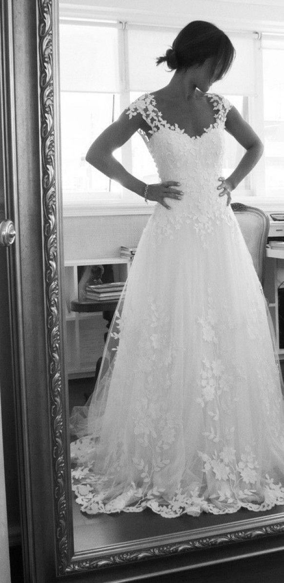 White Embroidered Tulle Low-Cut Back Wedding Dress by Maison Kas   Maison Kas Tasarimi Tul Uzeri Islemeli Ozel Tasarim Gelinlik Modeli