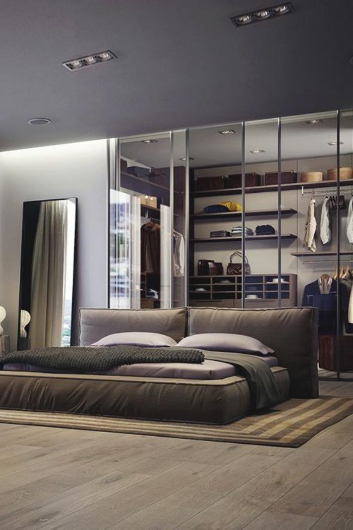 chambre à coucher moderne, idée déco chambre à coucher avec grand dressing