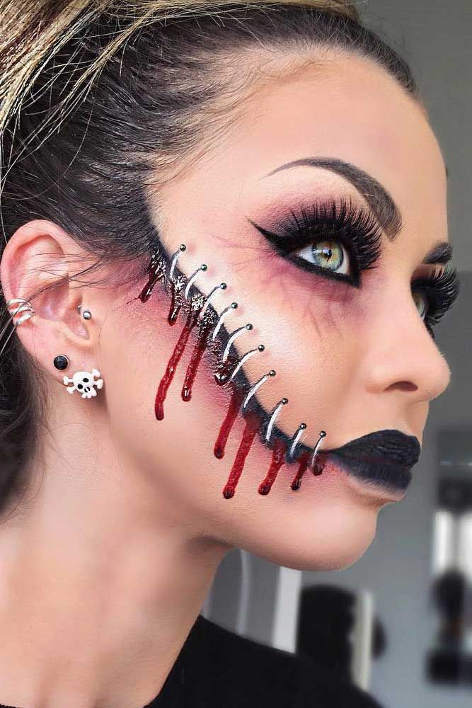 33 sexy halloween makeup looks that are creepy yet cute