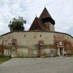 Cât costă cazarea într-o clădire fortificată din Evul Mediu (in apropierea Sibiului)