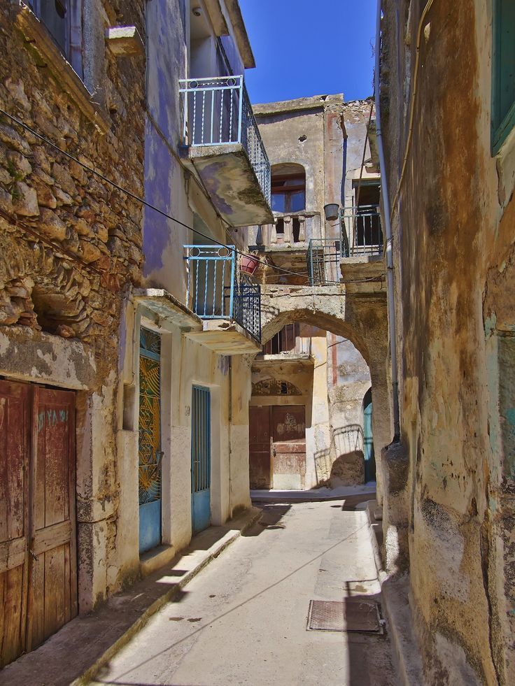 Picturesque alley, Chios island