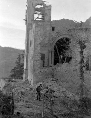 gotic line pietra colora 1945 distruzione artiglieria
