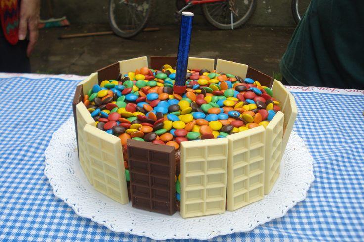 Torta de golosinas - Rocklets Cake