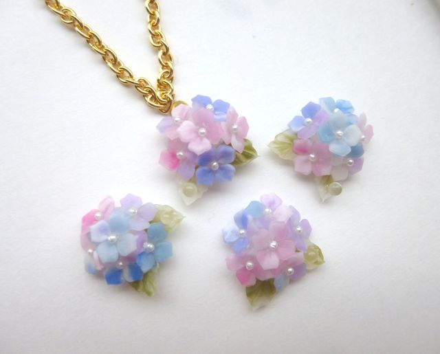bouquetネックレス(紫陽花グラデーション)
