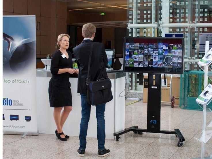 Stand von Elo Touch Solutions auf der OVAB-Konferenz 2014 in München (Foto: invidis)