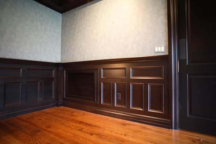 Walnut Wainscoting This Pattern Gives A Polished But
