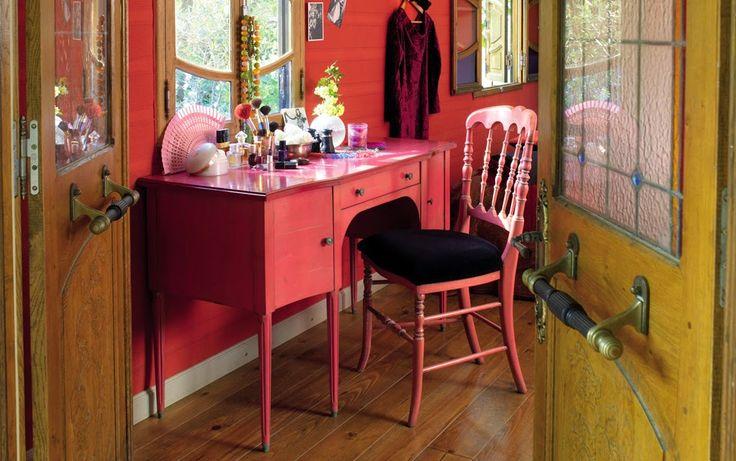 www.smellinkclassics.nl | Bureau | Klassiek | Bureaustoel | Hout | Klassieke sfeer | Landelijk | Chique | Roze | Dame |