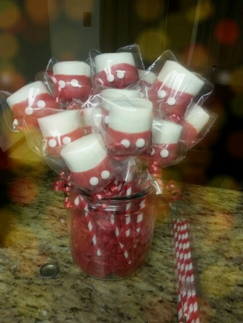 Mickey Mouse theme marshmallow pops