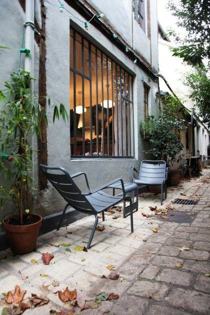 Mobilier de jardin design français métal en couleurs