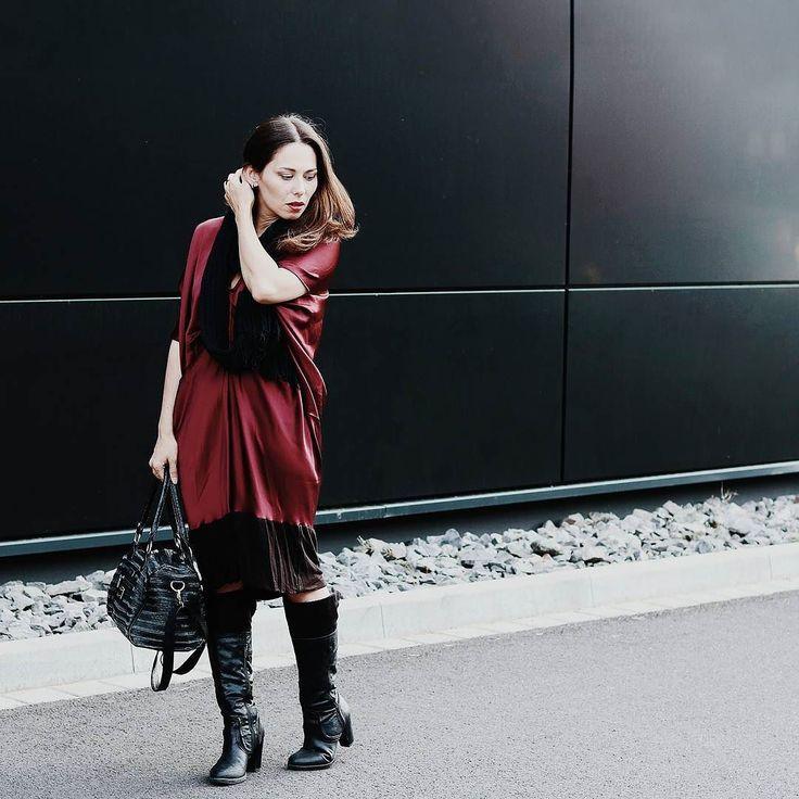 http://ift.tt/2dTLuaC // SHOOTING DAY   Heute fotografieren @____veri und ich ein paar Outfits und shooten ein ganz besonderes Foto nach. Wieso weshalb warum seht ihr schon sehr bald   Hoffe ihr habt einen fabelhaften Sonntag   #alittlefashion #lifestyle #fashionblogger_de #asseenonme #blogger_de