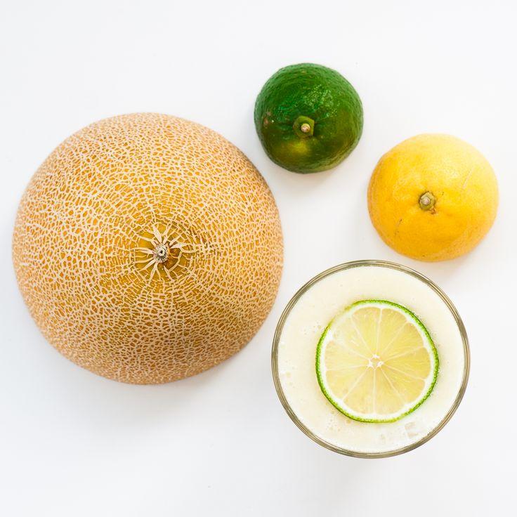 Melon Smoothie: Juice of 1/2 lemon + juice of 1/2 lime + 1/2 honeydew melon + 50ml coconut milk