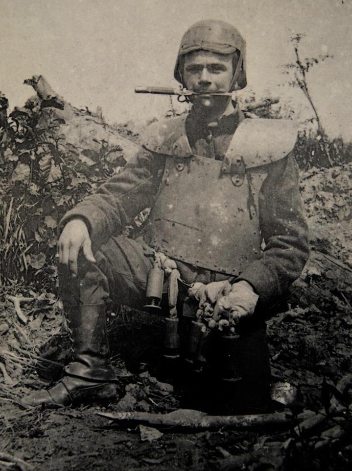 Italian Arditi in armor. WW1