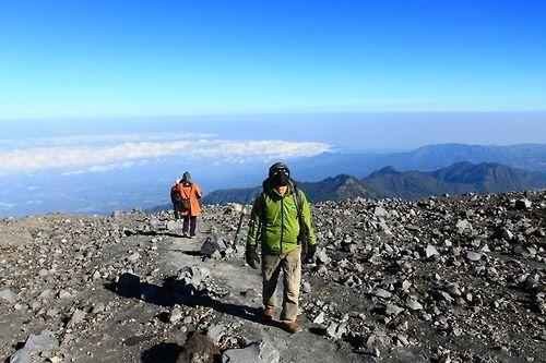 puncak gunung semeru (mahameru)