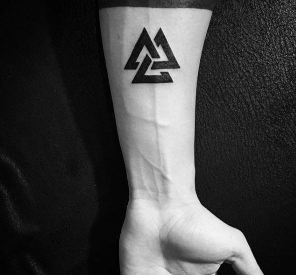 Pin By Tattoo Splendor On Intricate Modern Day Tattoo Designs Tattoos For Guys Hand Tattoos For Guys Simple Tattoos