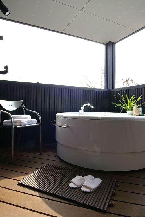 富山県の新築住宅を手掛けるフォーユア アンビエント すけのが、あなただけの心地よい住宅づくりのお手伝いをいたします。富山県内での新築住宅の設計施工・リフォームをご検討の際は、SUKENOにご用命ください。第20回TH(トータルハウジング)大賞・地域最優秀賞を受賞!