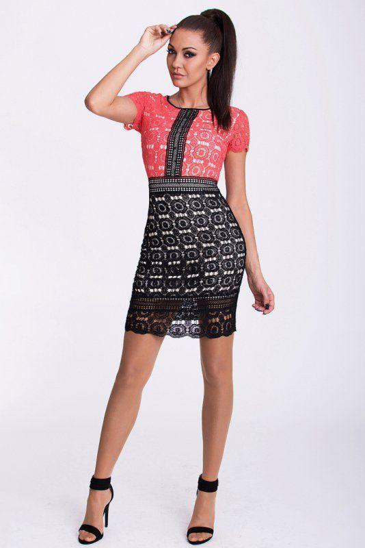 Dwukolorowa sukienka pokryta haftem. #kobieta #sukienka #lato #elegancka #dwukolorowa #krótka