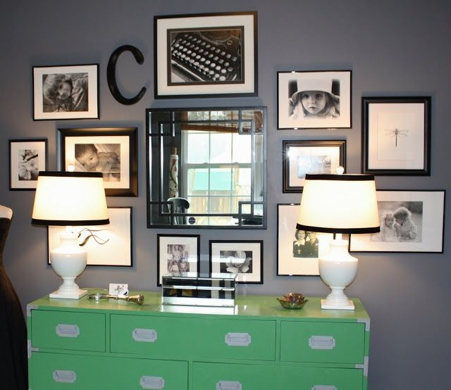 Home, Arranging Bedroom Furniture, Family Photo