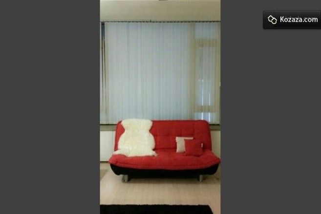 1min from Gangnam station. entire lofted studio is all yours!! http://www.kozaza.com/rooms/2000891