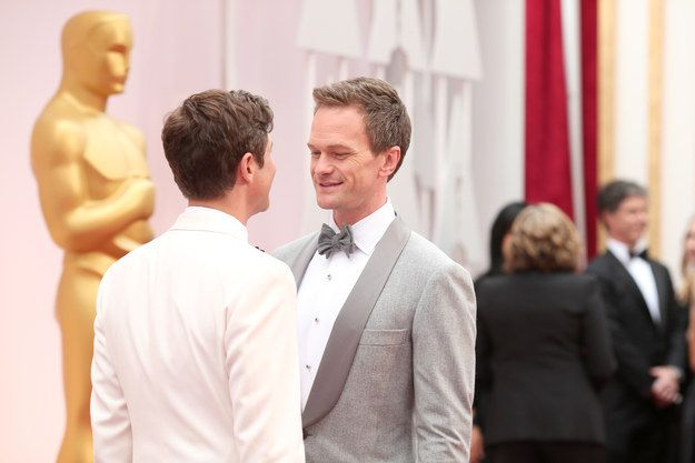 This look says even more than more. | Neil Patrick Harris And David Burtka Are In Love And Adorable On The Red Carpet At The Oscars