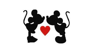 This would be a cute tattoo! One on the back of each leg so when u put ur ankles together there kissing