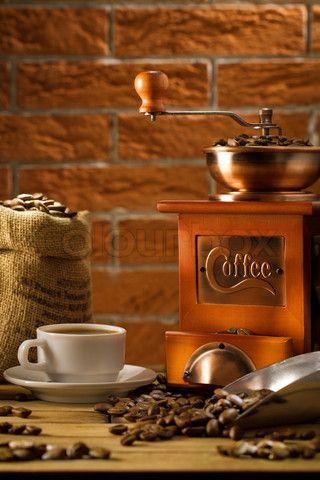 Coffee Grinder ~~  knowyourgrinder.com #coffee #coolstuff #coffeegrinders  http://green-coffee-800.com/