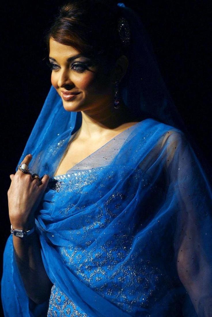 Aishwarya Rai. One of the most beutyful woman today, model, Bollywood star, Miss World 1994, born 1973.