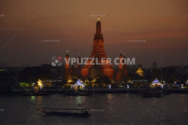 Wat Arun Temple #bangkok #500pxrtg #thailand #architecture