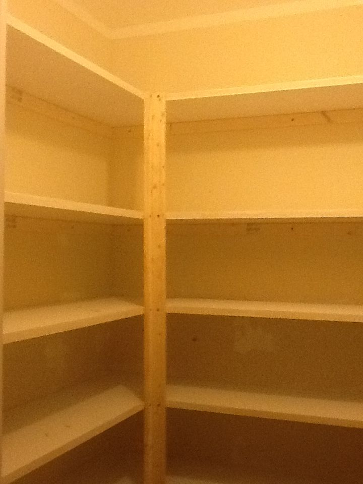 4x4 Pantry With 6 Shelves Gives Lots Of Storage For