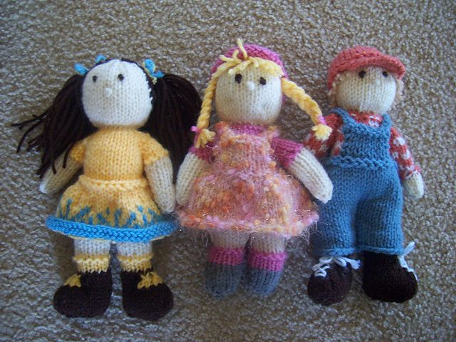 Knitting Patterns For Tiny Dolls : 1000+ images about knit toys (dolls) on Pinterest