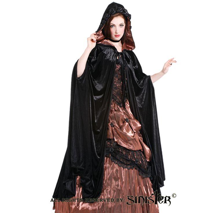 Gothic velvet cape  with  satin flowers by Sinister (344) & Longdress (843) www.sinister.nl