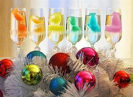 oooo prettyColors Ice, Colours Ice, Recipe, Ice Cubes, Rainbows Colors, Parties, Icecubes, Rainbows Ice, Rainbow Colors