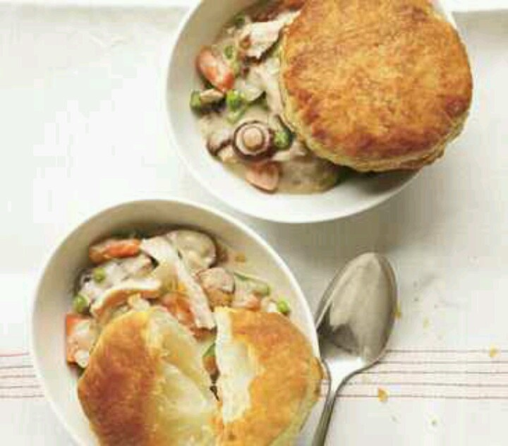 creamy chicken and mushroom slow cooker pot pie topped with biscuits ...