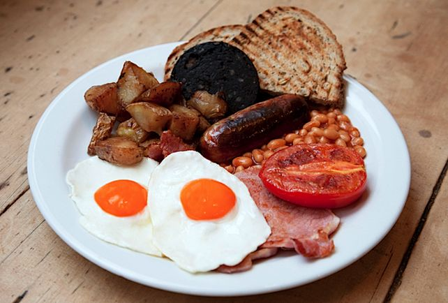 THE 8 BEST FULL ENGLISH BREAKFASTS IN LONDON - The Breakfast Club, Spitalfields. When you call yourself The Breakfast Club, you promise two things: a ton of Judd Nelson quotes, and a fantastic morning meal. Thankfully, they don't disappoint, and their Full Monty has everything you're looking for (except a brooding loner stuck in detention). #TheBreakfastClub #Spitalfields #London #fullenglish #breakfast