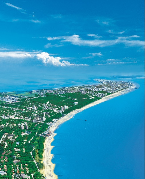 ✯ Lignano, Province of Udine, FRIULI Venezia GIULIA region, Italy Can't wait to be there in August!!!