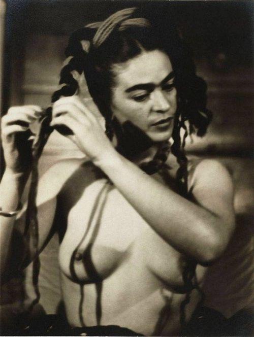 Frida Kahlo #modernart #fridakahlo #photography