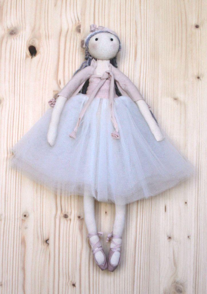 BALLERINA TUTU' LUNGO bambole fatte a mano da collezionare e personalizzare http://www.frabi.it/frabi/la-tua-frabi-doll/collezione-doll/
