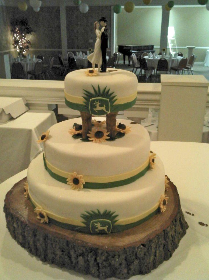 John Deere wedding cake www.facebook.com/AnEventfulYear