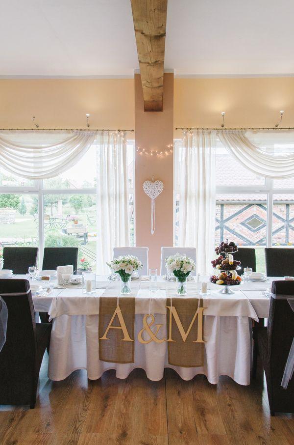 len, juta, wiśnie, rustykalny, rustic, wedding, decor, rustykalne wesele, eko, dekoracje, dekoracja na stole, kwiaty, wesele | zdjęcie:  PhotoDuet    |    florystyka, dodatki, poligrafia: minwedding