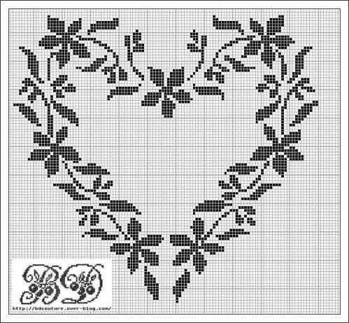 Flower heart - found on : http://www.brigittedadaux.com/article-grille-gratuite-du-vendredi-saint-valentin-122554501.html