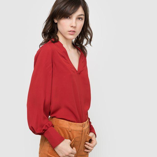 Blusa com decote em V, mangas em forma de pera R édition
