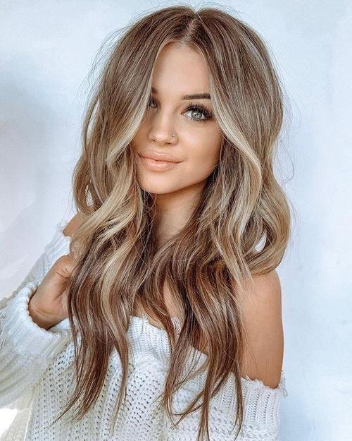 Honey middle long wave hair