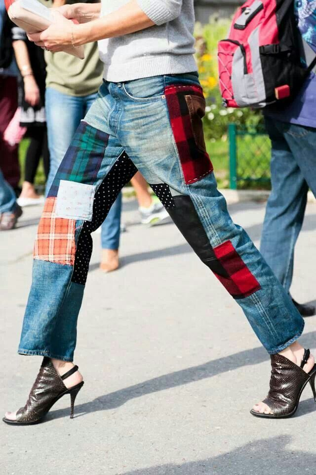 Patchwork jean  Street style Paris Fashion Week. Paris pretty much says it all
