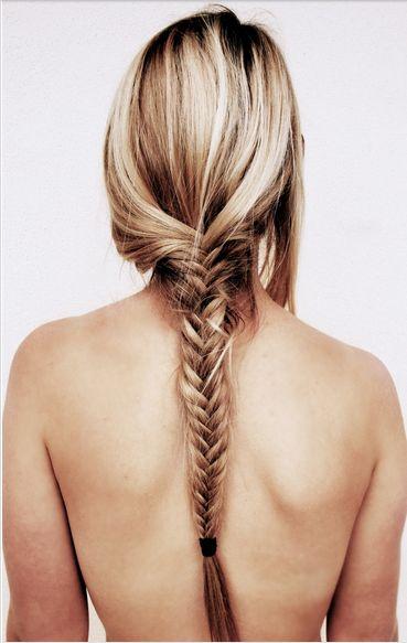 Fishtail Braid ✖️HAIR & BEAUTY // Muse by Maike // http://musebymaike.blogspot.com.au  Instagram: @musebymaike  #MUSEBYMAIKE