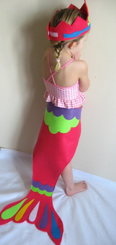 @Julie Brandrup - look how cute as a take home :)  you could glue the felt vs sew - Mermaid Costume Pattern